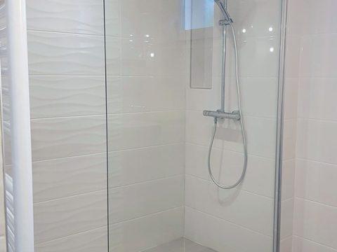 Douche à l'italienne carrelée